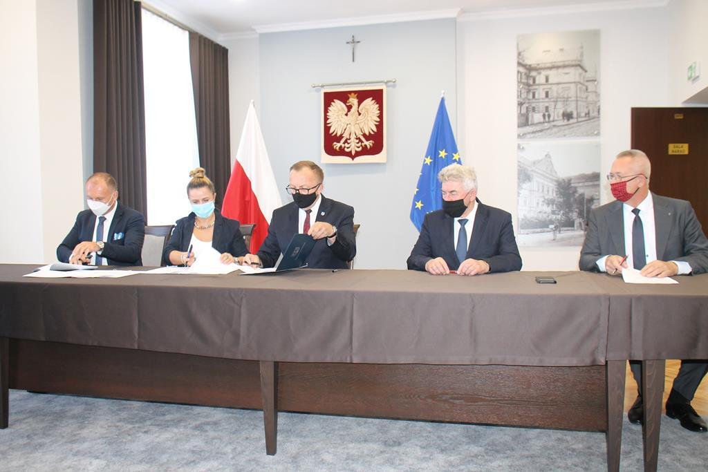 Galeria zdjęć: Gmina Pruchnik otrzyma wsparcie finansowe z PFRON na projekt wyrównywania różnic między regionami